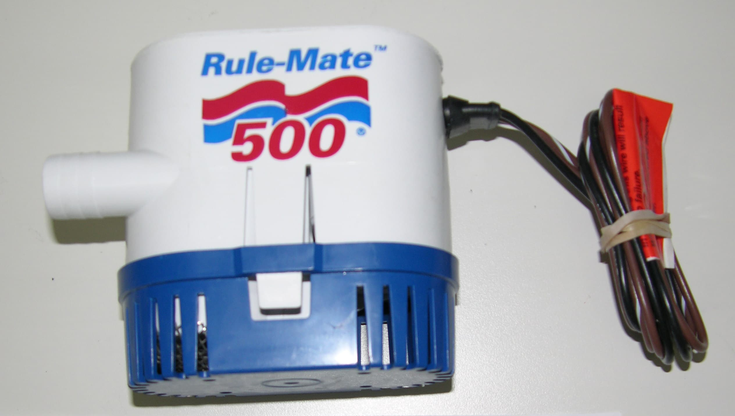 Pump- Bilge 500 GPH, pre fitted with 90 degree outlet